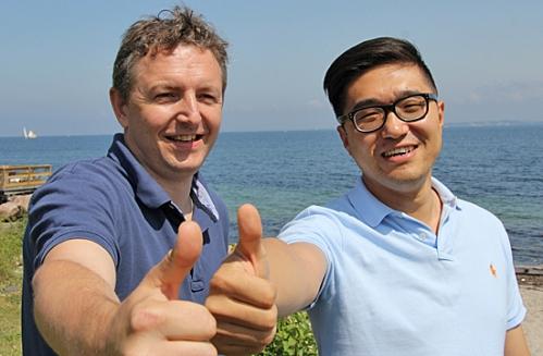 Henrik Rewes og Sean Dong mødte hinanden til Startup Weekend Copenhagen Media. Sean medbragte den gode ide, og Henrik var mentor.